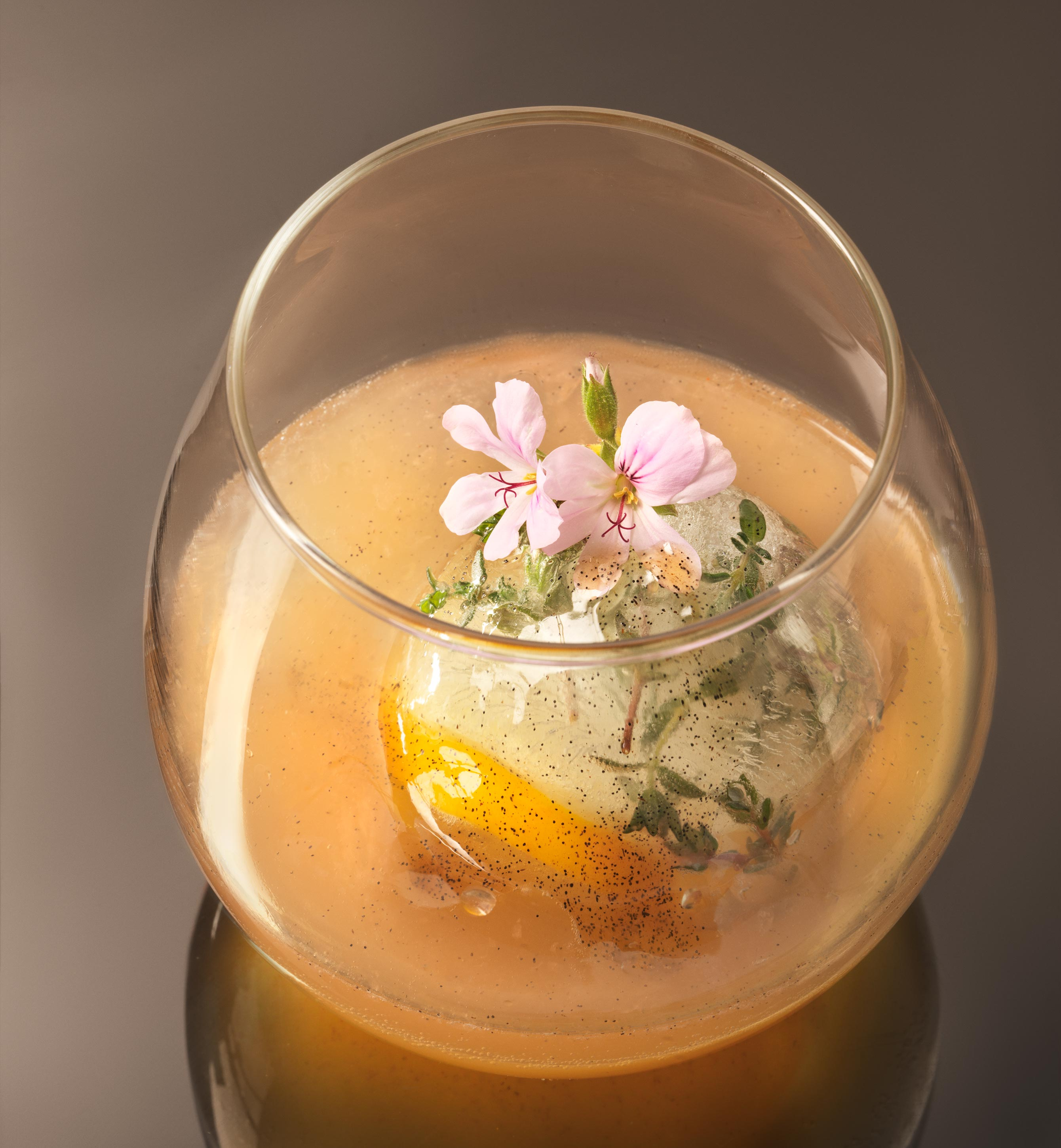 Vanilla Flower Cocktail | Steve Hansen Images Seattle Food Photographer